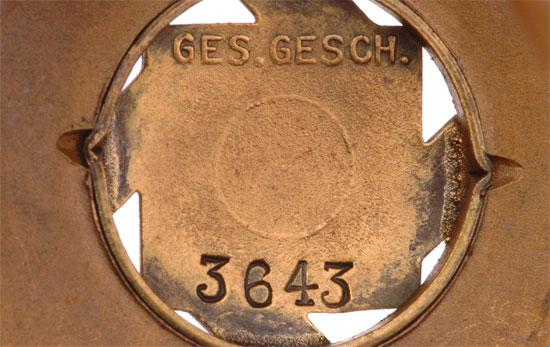 El juego de las imagenes-http://e-militaria.com/catalog/germany_third_reich/Misc_Organizations/teno_1921/gg3643.jpg